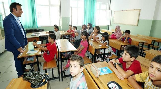 Suriye, Irak ve Afganistan vatandaşlarına Türkçe eğitimi