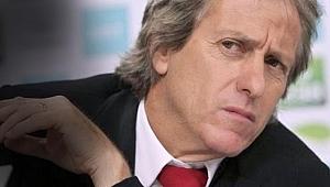 Beşiktaş Jorge Jesus konusuna açıklık getirdi