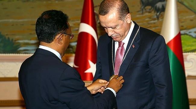 Cumhurbaşkanı Erdoğan'a devlet nişanı