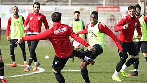 Samsunspor deplasmanda galibiyet hasretini bitirmek istiyor
