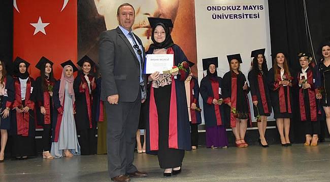 Samsun MYO 700 mezun verdi