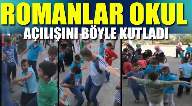 Roman çocuklar okul açılışını göbek atarak kutladı