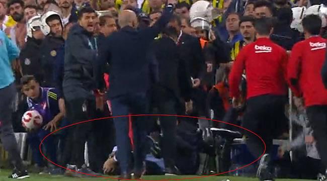 Fenerbahçe Beşiktaş oyuncuları kavga etti, Şenol Güneş yaralandı