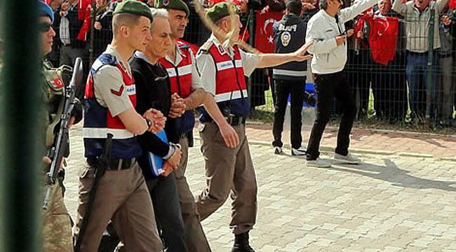 Akın Öztürk ve Yurtta Sulh Konseyi üyelerine rekor ceza