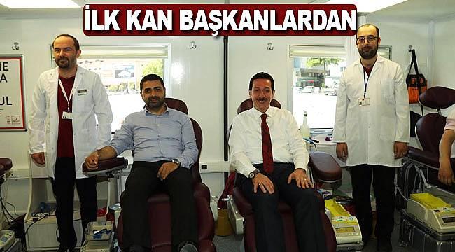 İlk kan bağışı başkanlardan
