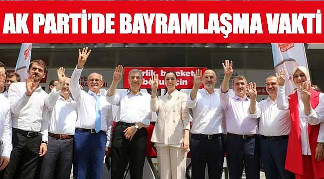 AK Parti'de bayramlaşma vakti