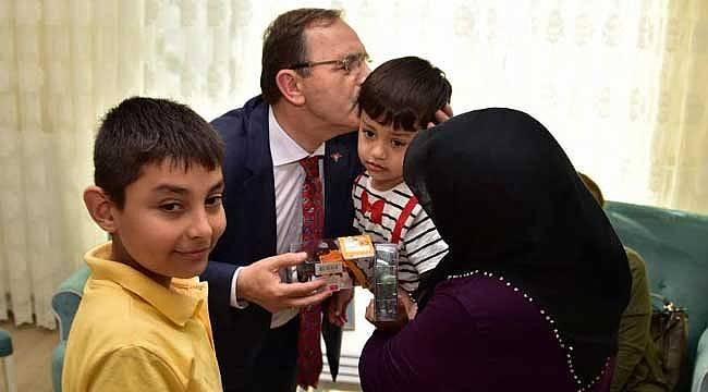 Başkan Şahin şehit ailesini yalnız bırakmadı