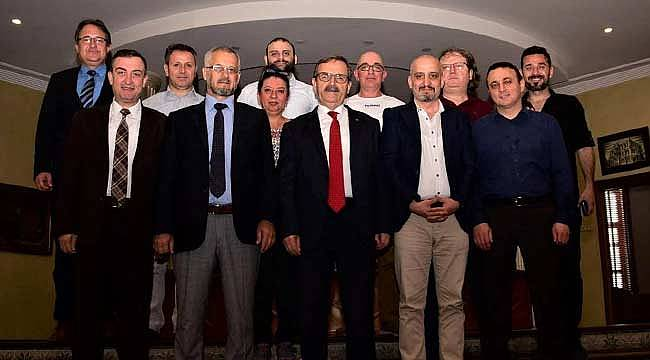 Gazetecilerden Başkan Şahin'e ziyaret