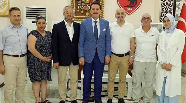 Gazetecilerden başkan Tok'a ziyaret