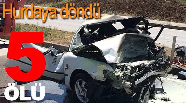 İki otomobil çarpıştı 5 ölü 5 yaralı