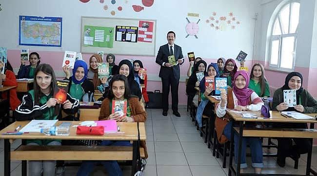 Öğrencilere kitap