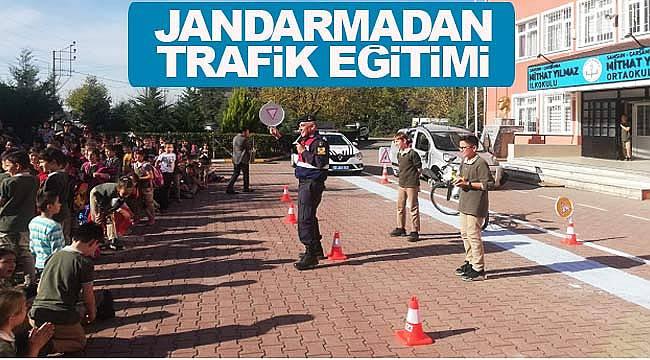 Öğrencilere yaya trafik eğitimi