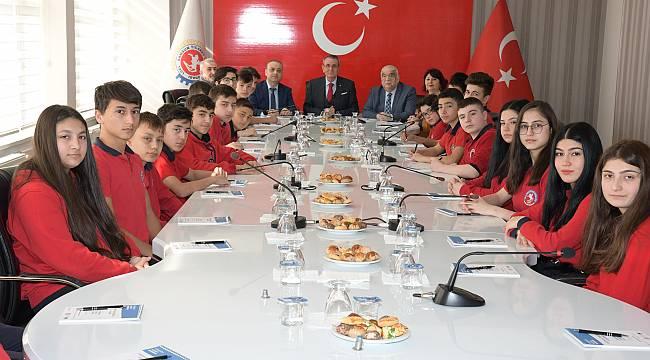 Samsun TSO Başkanı Murzioğlu, öğrencileri bilgilendirdi
