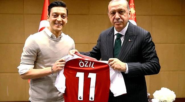 Mesut Özil: Türk köklerime saygısızlık ettiler
