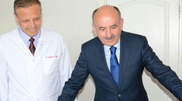 Bakan Müezzinoğlu ilaçların yüzde 70'i Türkiye'de üretiliyor ama bizi emiyorlar
