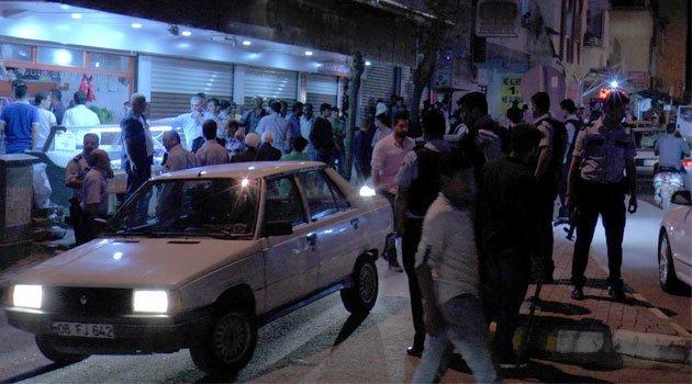 Çay bardağı kavgasında mahalle karıştı 4 kişi yaralandı